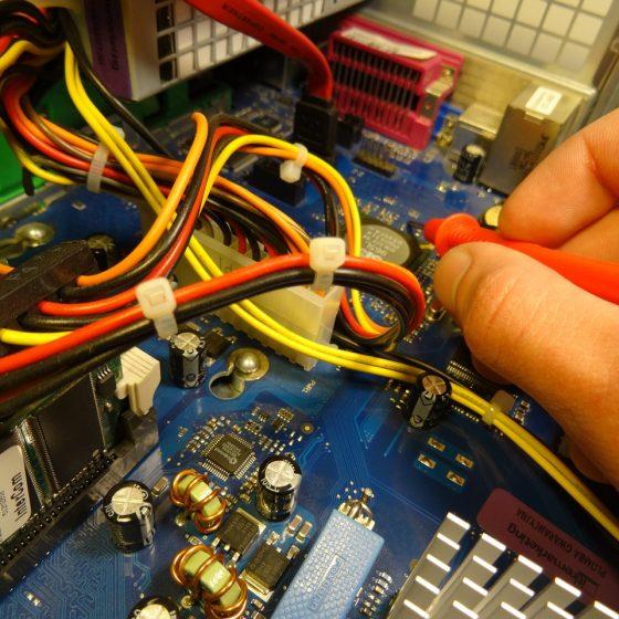 reparatur-1239014_1280